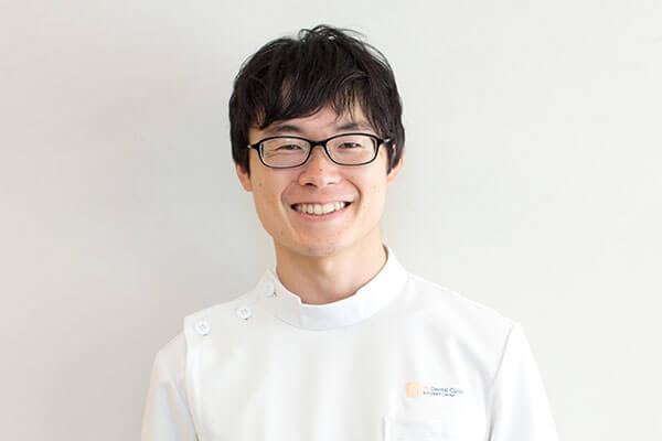 歯科医師 徳永