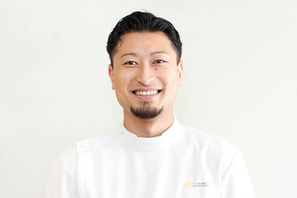 歯科医師 横井